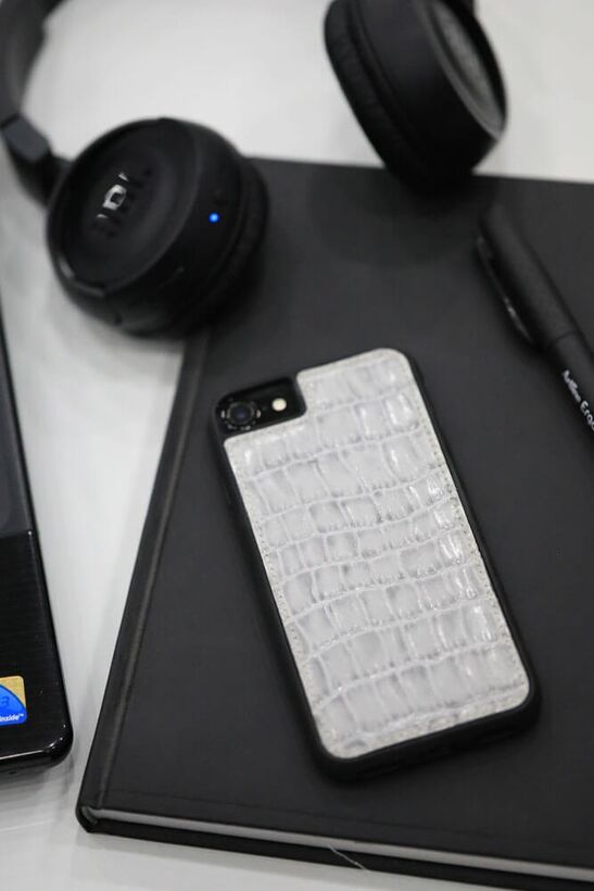 Guard - Guard iPhone 6 / 6s / 7 için Gri Croco Model Deri Telefon Kılıfı