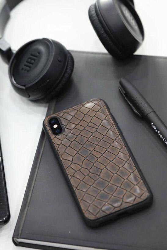 Guard Kahverengi Croco Desenli Deri iPhone X / XS Telefon Kılıfı