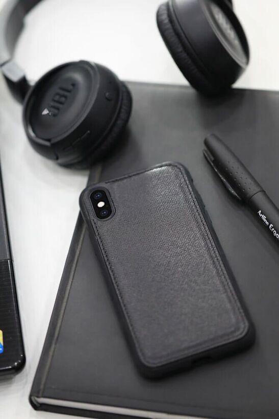 Guard - Guard Siyah Saffiano Deri iPhone X / XS Kılıfı